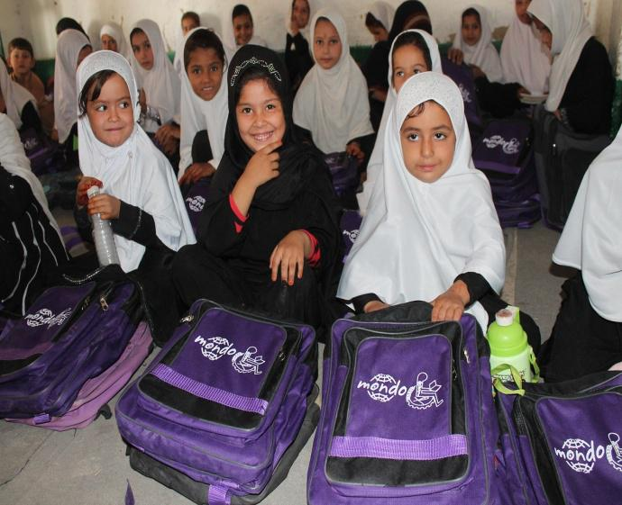 Koolikott Afganistani tüdrukule