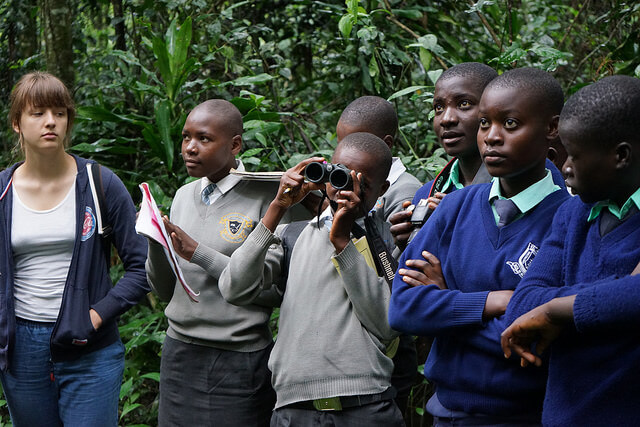 Hannabel koos Tarkusefondi lastega õppereisil Kakamega vihmametsas